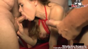 Domina im Swinger Club – Mira Cuckold Sexorgie