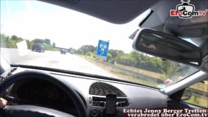 Blasen wärend der Fahrt im Auto mit Jenny Berger