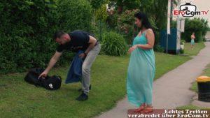 Mann verführt von Hausfrau Bonny Devil zu Analsex