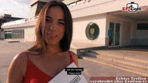 Latina Casting Anastasia Brokelyn Date auf Straße
