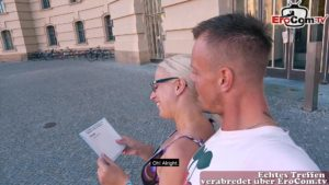 Blinddate mit junger Hausfrau Jana Schwarz an Uni