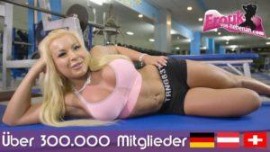 Im Deutsch Porno bekommt sie ihr Maul gefickt