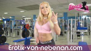 Sexy deutsche ebony Teen macht erstes Usertreffen